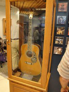 Guitarra acustica martin