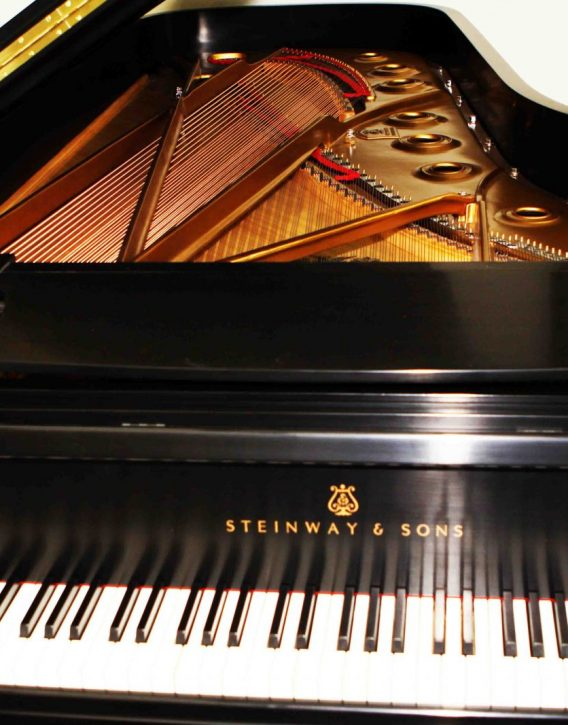 alquiler piano gran cola steinway sons d