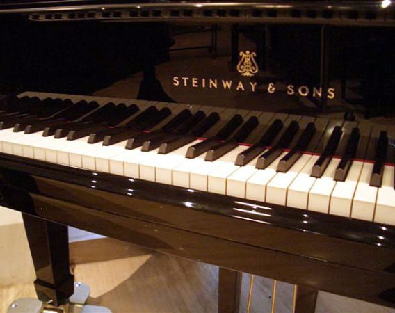 alquiler piano steinway sons d
